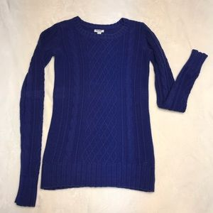 Blue Old Navy cable knit sweater